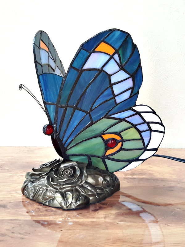 Schmetterling im Tiffany Stil A47