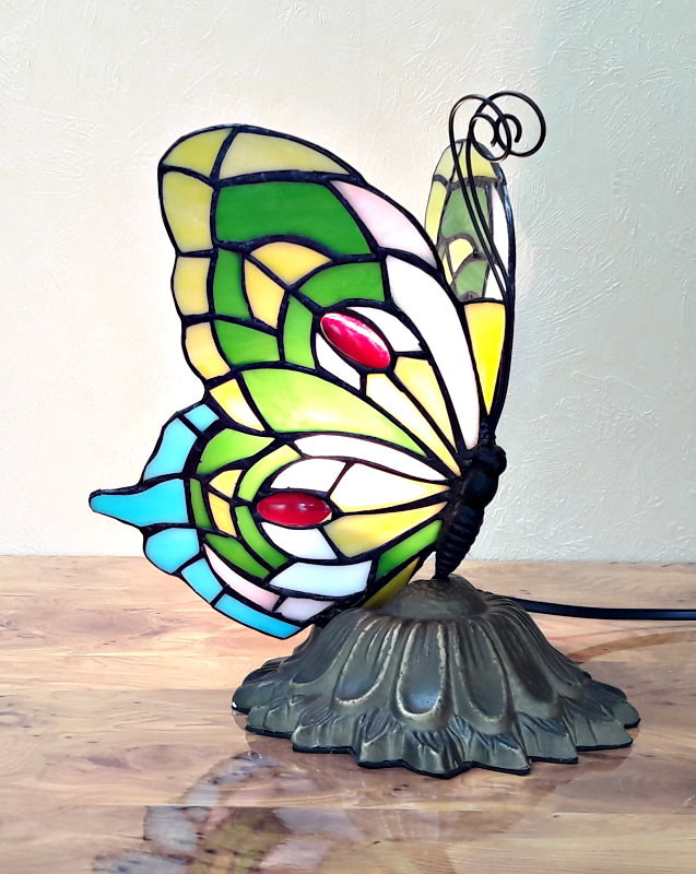 Schmetterling im Tiffany Stil A48